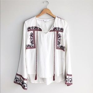 Evereve Braeve Anthropologie White Embroidered Top